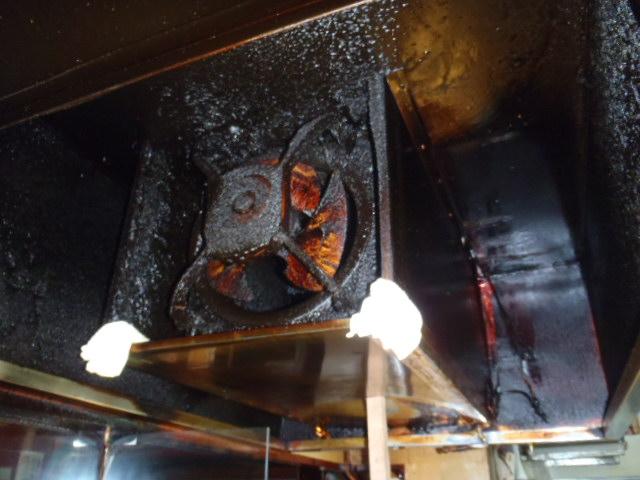厨房用換気扇の取替え工事