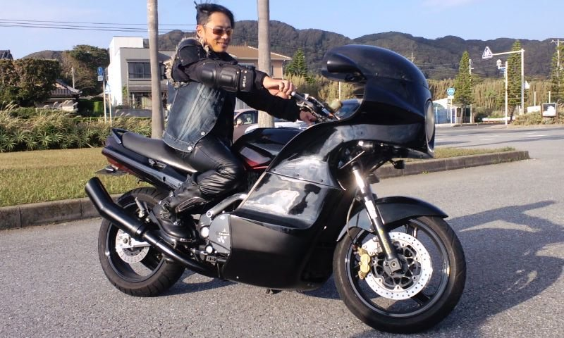 hayashisan_GPZ1100_01.jpg