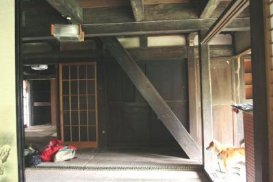 一階居間横