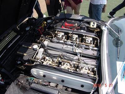 Lamborghini Espadaのエンジン