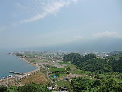 仏崎の県道13号から土居町を見下ろす2