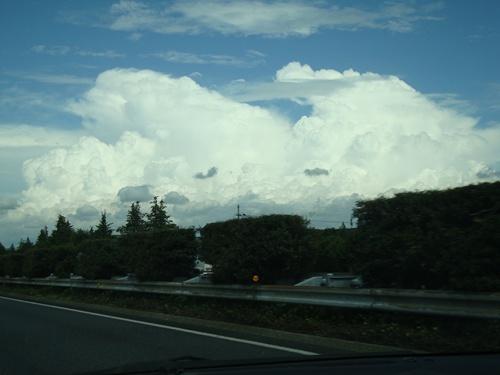 もくもく・・・すごい雲・・・