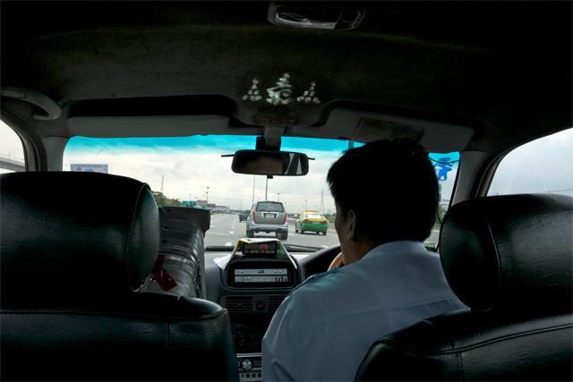 110723_004_スワンナプーム空港からタクシー