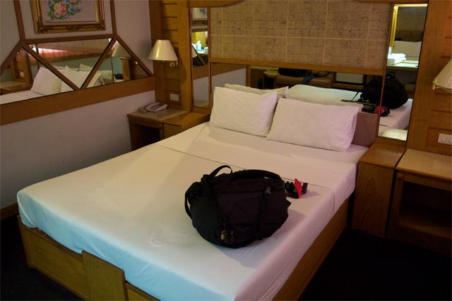 110725_005_ナコンラチャシマ_Siri Hotel