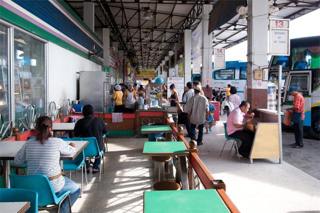 110729_003_新バスターミナル(ボコーソーマイ)