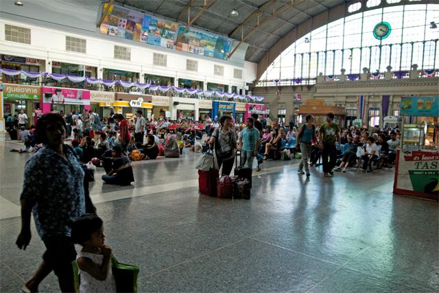 110802_012_ファランポーン駅