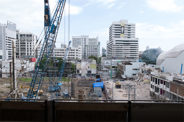110803_014_サイアムスクエアの再開発