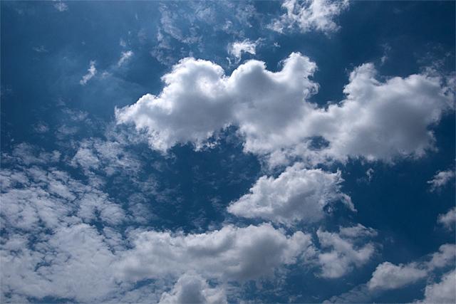 110805_001_バンコクの空