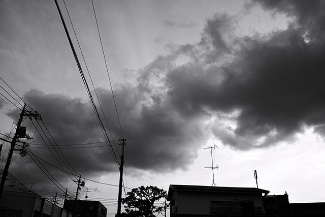 120514_001_帯状の雲