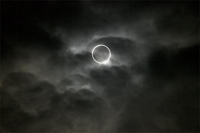 120521_001_金環日食