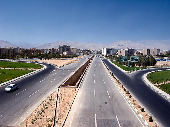 テヘラン-4