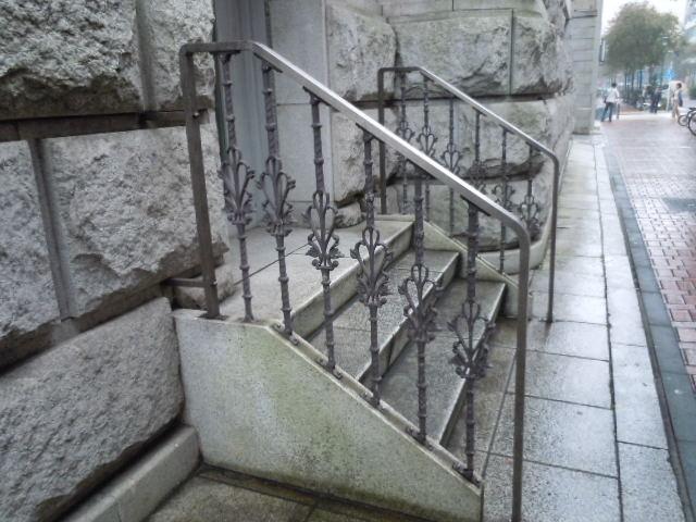 旧富士銀行横浜支店 階段