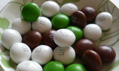 m&m's coconut 中身