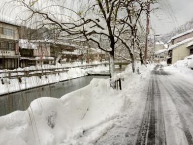 メガ盛の雪!城崎温泉の積雪・交通情報