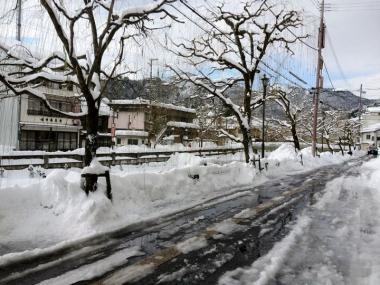 雪かきビフォー ・ アフター