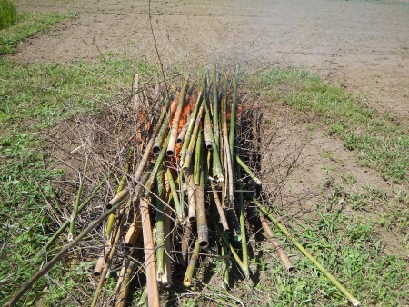 竹炭作り (3)
