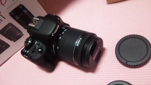 EOS Kiss X7(ブラック)・ダブルズームキット01