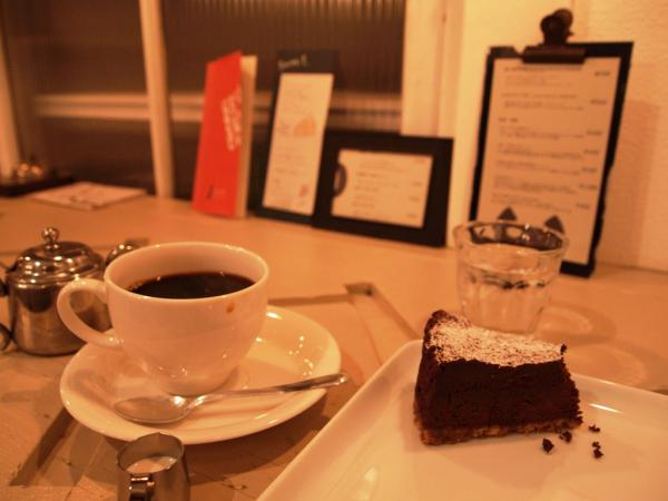 Cafe 書庫303
