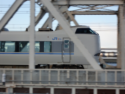 上淀川橋梁で日本海03