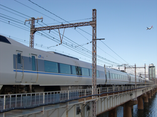 上淀川橋梁で日本海04