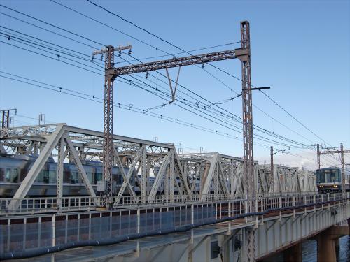 上淀川橋梁で日本海18