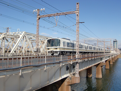 上淀川橋梁で日本海20