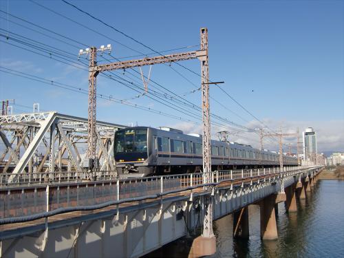 上淀川橋梁で日本海23