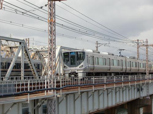 上淀川橋梁で日本海26