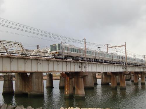 上淀川橋梁で日本海28