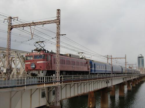 上淀川橋梁で日本海30