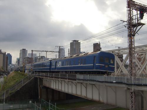 上淀川橋梁で日本海31