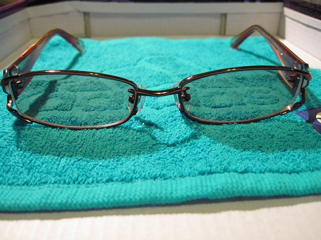 Charoite eyewear メタル×セル コンビフレーム1