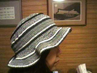 モノトーンボーダー柄帽子