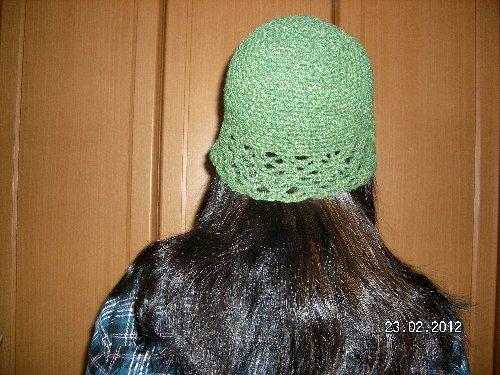 ネット編みのキャップ