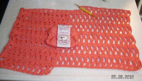 斜め編みのプルオーバー 製作中