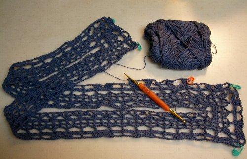 V字あきのプルオーバー 編み始め