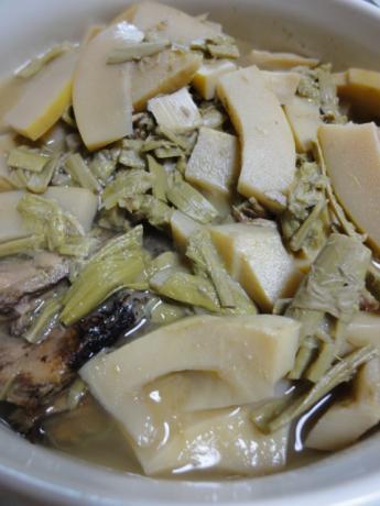 若竹とイタドリの煮物!