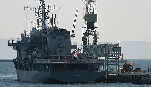 潜水艦救難母艦ちはや@神戸港-3