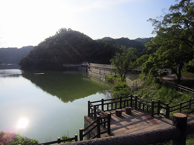 神戸下町の身近な水辺リゾート『烏原水源地』♪