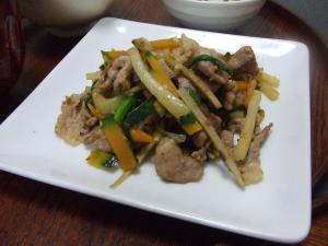 細切り野菜炒め