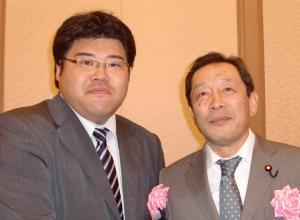 福島みずほ国政報告会20101018服部議員と