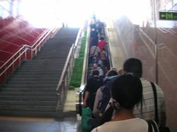 駅中も広い。