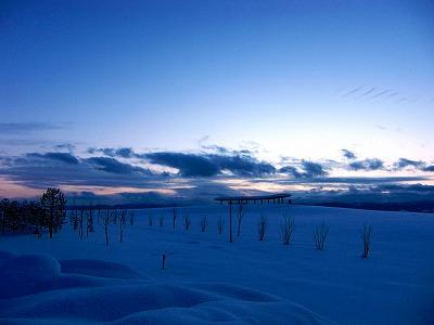 旭川空港の空 厳冬
