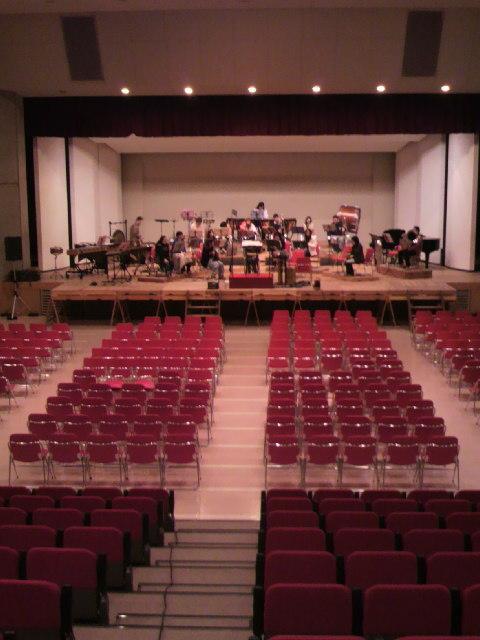 がくちょうのたわごと ~熊野吹奏楽団~-2010120511540000.jpg