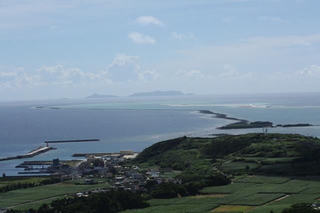 ハテノ浜と渡名喜島