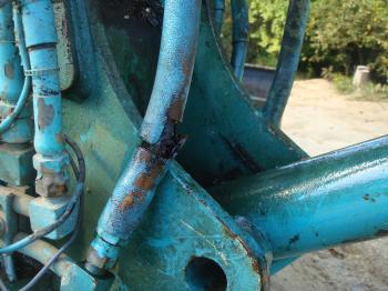 油圧ホースの破裂