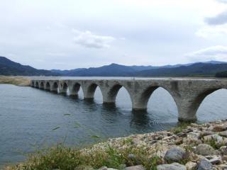 800px-Taushubetsu-kyoryo_bridge-1_convert_20101205230054.jpg