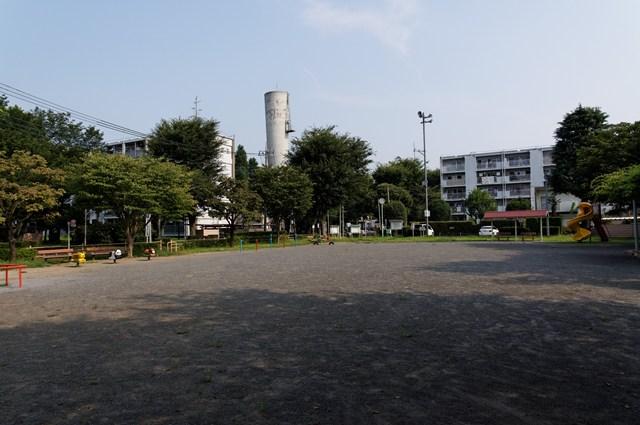 都公社小金井本町住宅の公園