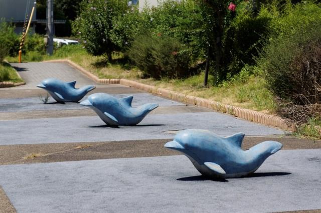 公団明石舞子団地C地区のイルカ遊具