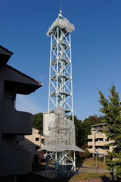 奈良市営二名住宅の給水塔